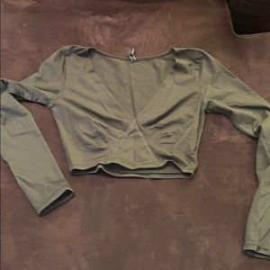 Olive Stretchy Long Sleeve cropped top